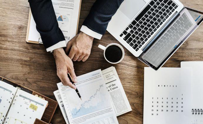 副業で会社を設立するなら株式会社と合同会社どちらが良いのか